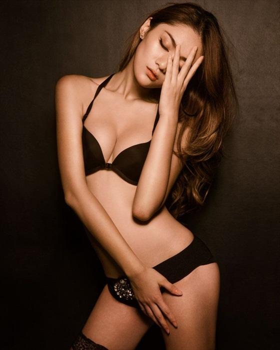 Ai sayama asian model has cute sex 1
