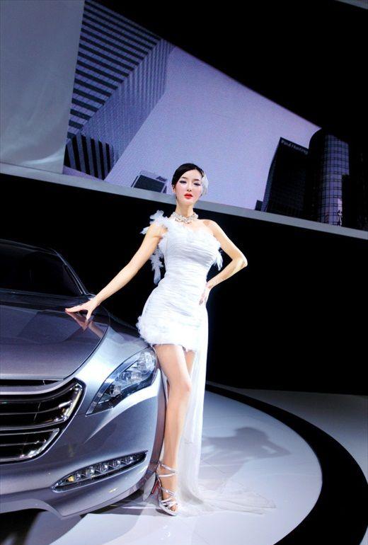 Li_Ying_Zhi-www.chinese-sirens.com03