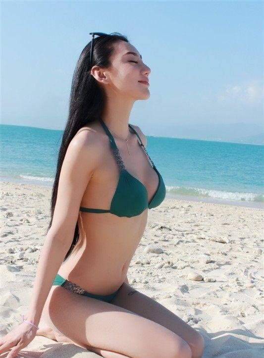 Amazing and stunning chinese girl dp herself